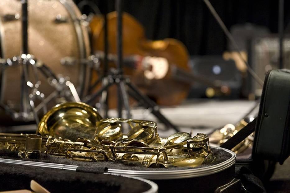 Hera powstała za sprawą Wacława Zimpla, klarnecisty i kompozytora znanego w kręgach współczesnej muzyki improwizowanej