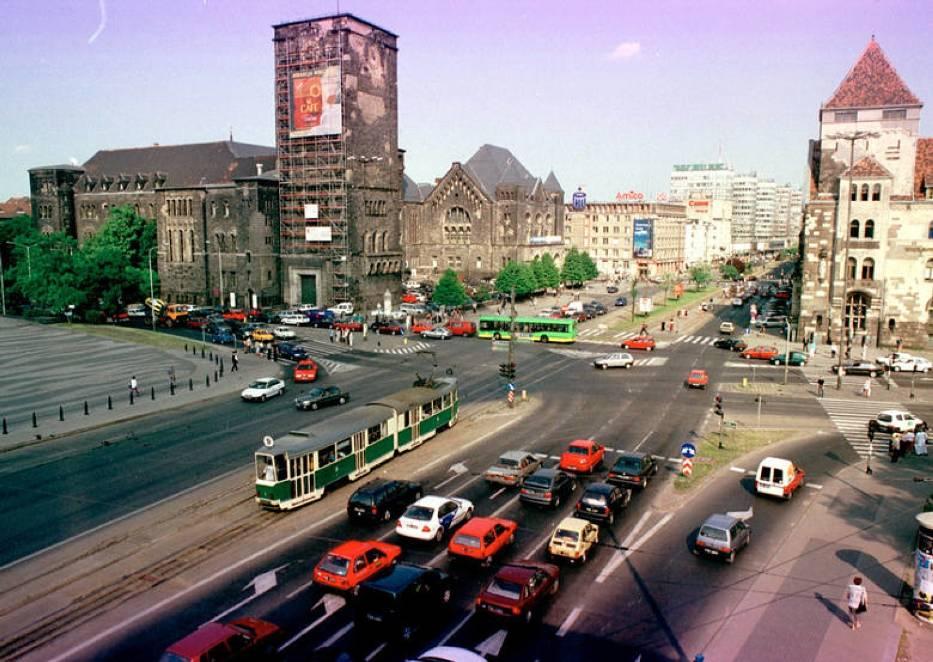 Tak Poznań wyglądał w ostatniej dekadzie XX wieku
