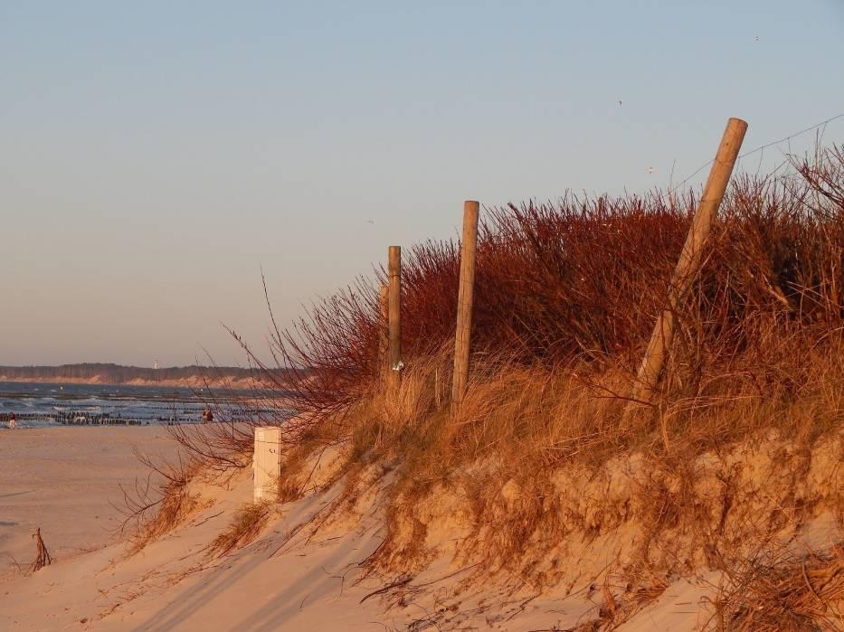 Teraz w Ustce - jak kiedyś - można podziwiać morze z promenady