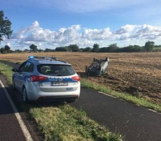 Dachowanie kierowcy pod wpływem alkoholu i bez prawa jazdy