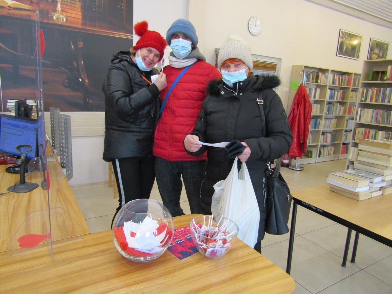 Walentynki w Bibliotece Publicznej w Pińczowie. Zobacz zdjęcia i film