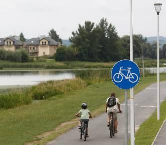 Więcej inwestycji rowerowych w Rzeszowie. Powstaną nowe ścieżki i przejazdy przez ulice
