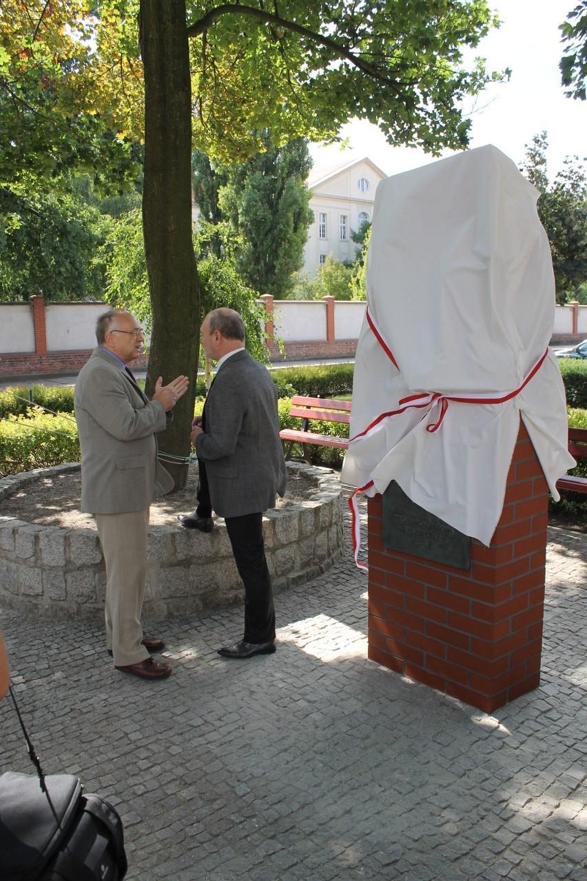 W siodmą rocznicę śmierci odsłonięto Pomnik Zygmunta Stachury
