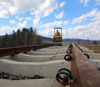 Grupa piętnastu posłów ma napędzać powstanie linii kolejowej