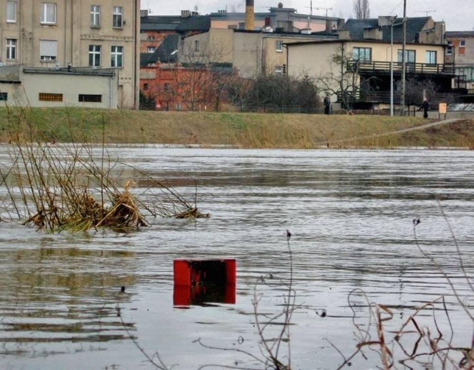 Poziom wody Warty w Śremie przekroczył stan alarmowy