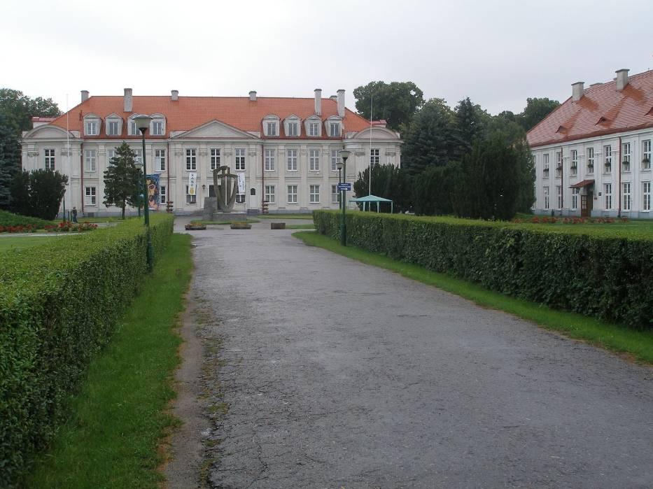 Zespół parkowo-pałacowy w Wolborzu (obecnie Zespół Szkół)