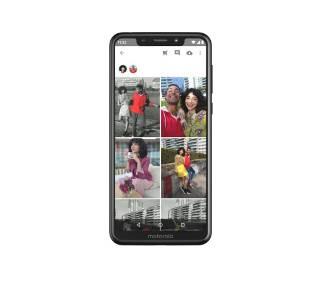 Motorola One - piękny ekran i długi czas pracy na baterii