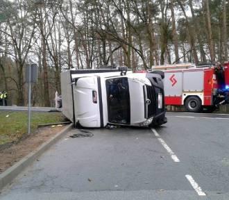 Wypadek pod Opolem. Dwie osoby poszkodowane