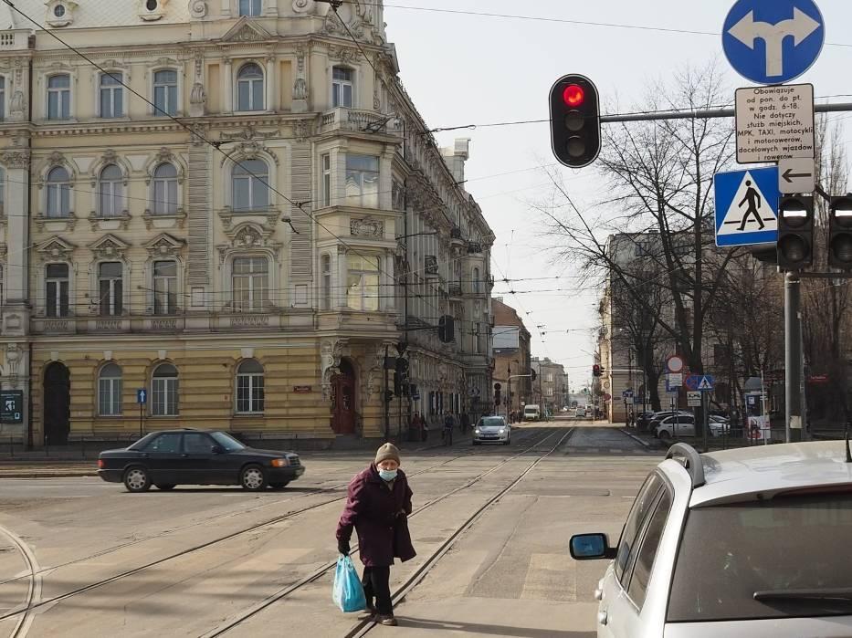 Problemy czekają też kierowców, którzy nie będą mogli korzystać z alei Kościuszki, lecz z ulicy Wólczańskiej