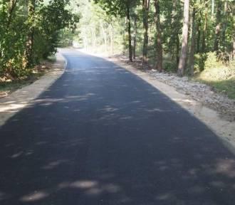 Droga gminna Babie Ławy - Czermno została już przebudowana. Jeździ się nią jak po maśle
