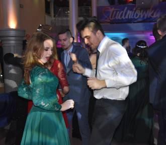 Studniówka 2019: Tak bawiła się młodzież w I LO w Wągrowcu  [ZDJĘCIA]