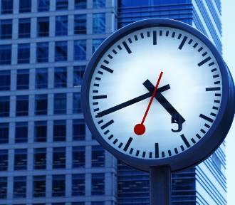 Ile godzin pracy ubyło nam przez pandemię? O ile krócej pracuje się w innych krajach?