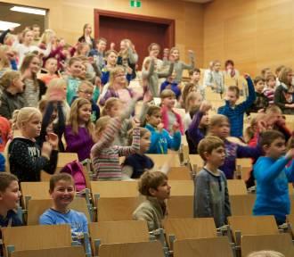Profesor Miodek dał wykład dla dzieci (FILM, ZDJĘCIA)
