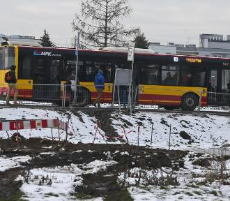 """Prezydent Jacek Sutryk: """"Poprawiłem komunikację na Jagodno"""". Mieszkańcy zdziwieni..."""