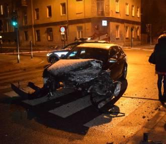 Wypadki w centrum Łodzi. Ranni [ZDJĘCIA]