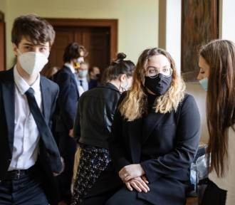 Matura 2021. Ponad 3,3 tys. maturzystów w Małopolsce w piątek zdaje egzamin z chemii