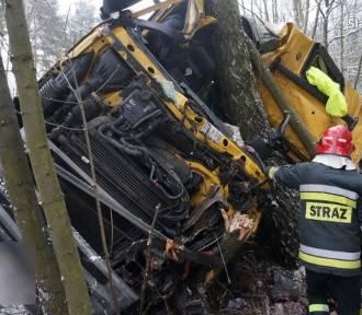W Kaletach zginął kierowca ciężarówki [FOTO]