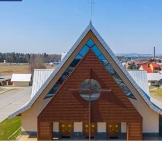 Nowy Targ. Proboszcz zrobił z kościoła strefę wolną od koronawirusa
