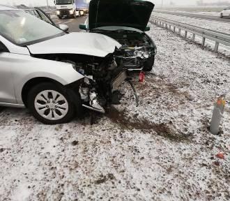 Powiat nowodworski. Cztery auta wypadły z jezdni na S7 [ZDJĘCIA]