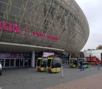 Wagoniki kolejki gondolowej z Jaworzyny Krynickiej stanęły przy Tauron Arena Garden