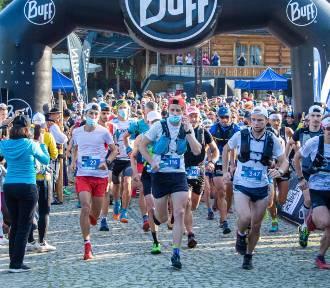 Kościelisko. Wystartował Tatra Sky Maraton. Zawodnicy ruszyli 40 km górskiej trasy
