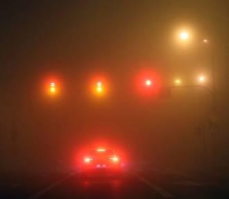 Ostrzegają o mgle w powiecie jarosławskim. W nocy i w niedzielny poranek