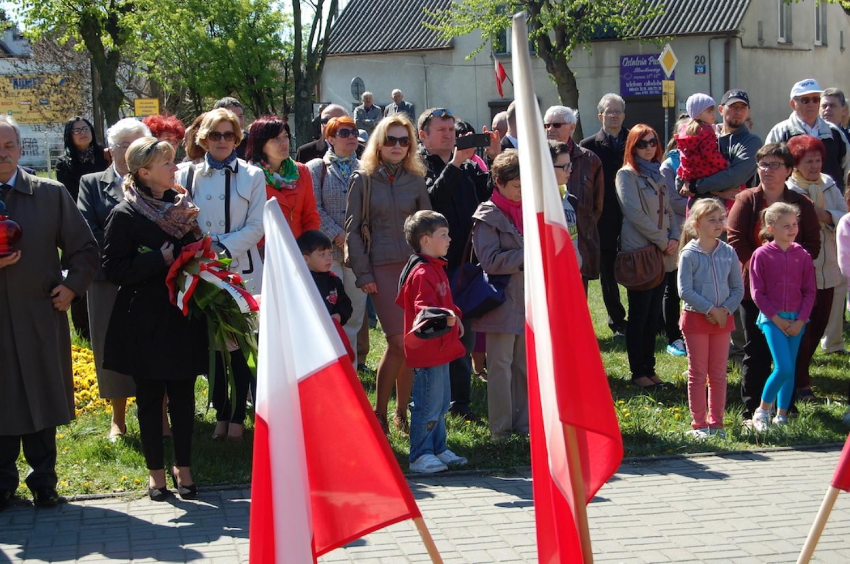 Obchody 3 Maja w Rumi; Szkoła Podstawowa nr 6