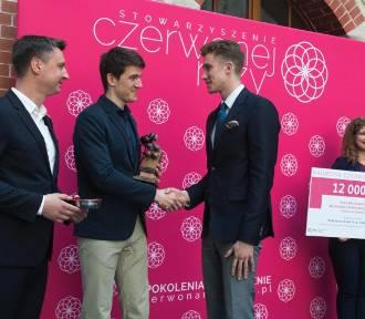 Konkurs Czerwonej Róży 2018. Najlepszy student Pomorza to Mariusz Jakubowski z Akademii Morskiej