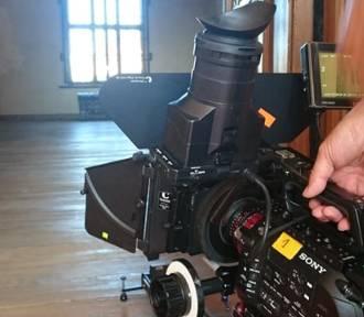 Zespół zamkowo-katedralny przyciąga telewizyjne kamery jak magnes!