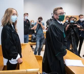Sąd uznał winę kobiety, która obrzuciła jajkami kościół