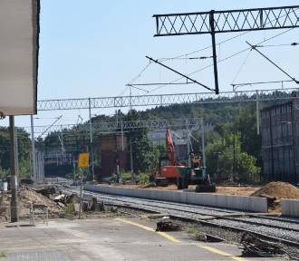 Dworzec PKP w Chodzieży: Perony po nowemu. Nie wszystkim się to podoba