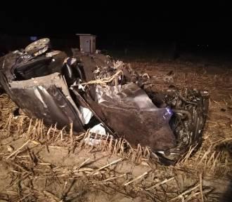 Z weekendu: śmiertelny wypadek na DK 15. Zginął 19-letni kierowca