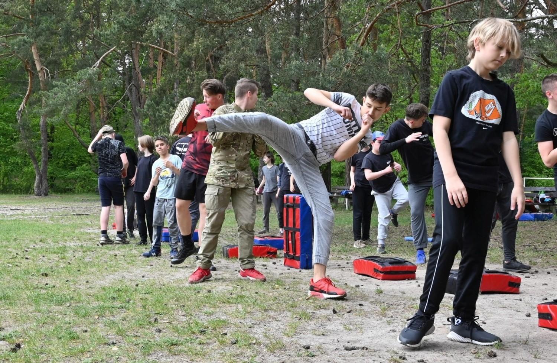 Aktywna sobota w Kielcach - w Parku Miejskim, na Stadionie Leśnym oraz nad zalewem mnóstwo ludzi. Ludzie korzystali z pogody [ZDJĘCIA]