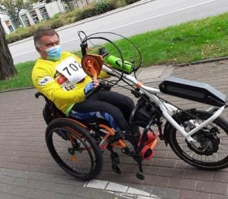 Wejherowianin na wózku inwalidzkim wystartował w Ostrava City Marathon