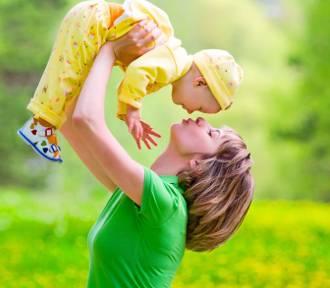 Coraz więcej nieślubnych dzieci na Dolnym Śląsku. Dziś małżeństwo się nie opłaca