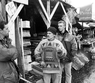 Targowiska w Świdnicy. Zobacz czym handlowano w latach 70. i 80. (ZDJĘCIA)