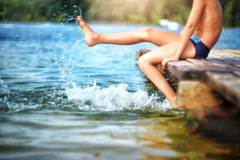 Kąpiel w miejscach niestrzeżonychCo roku do największej liczby utonięć dochodzi w miejscach niestrzeżonych, lecz nie zabronionych