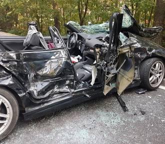 Fatalna seria wypadków w powiecie kościerskim. Siedem osób trafiło do szpitala