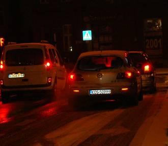 Paraliż komunikacyjny w Oświęcimiu po opadach śniegu