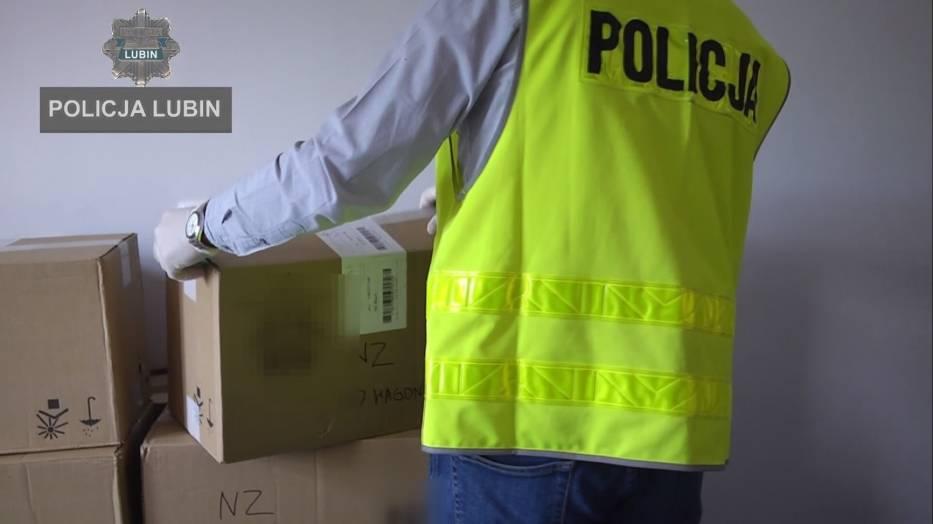 Policjanci z Lubina przejęli olbrzymią kontrabandę
