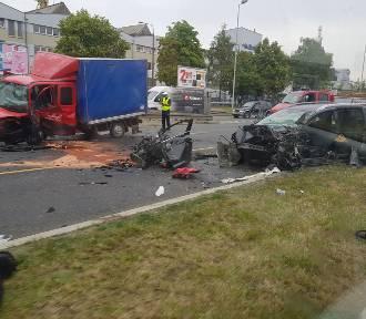 Ranni w wypadku na ul. Gdańskiej! Ogromne korki do centrum Szczecina [ZDJĘCIA]