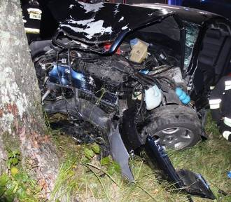 Tragiczny wypadek w pobliżu Braniewa. Zginął kierowca [ZDJĘCIA]