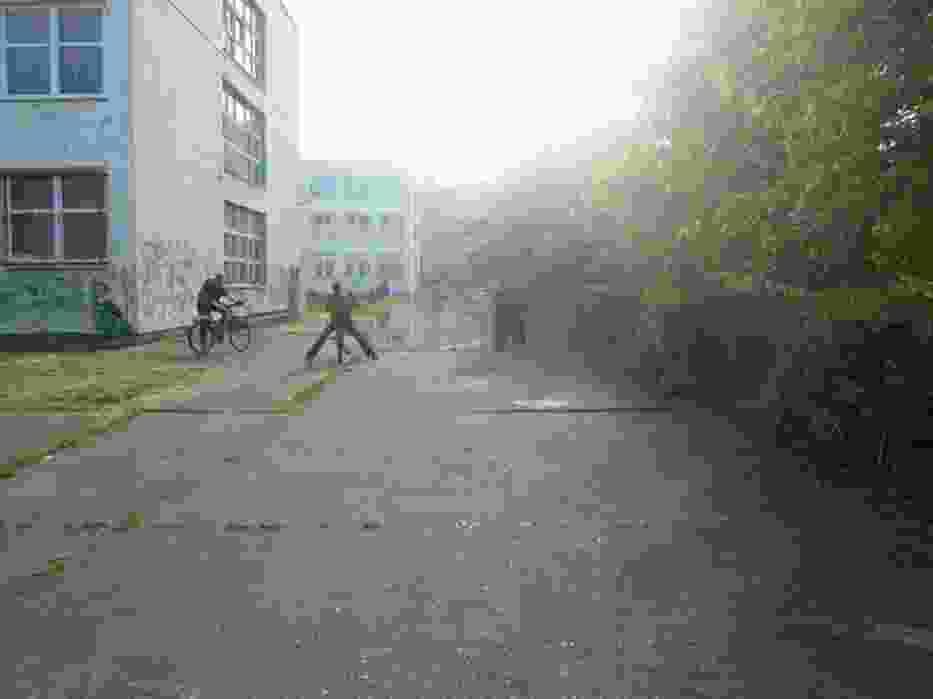 Szkoła w centrum Kozanowa, g