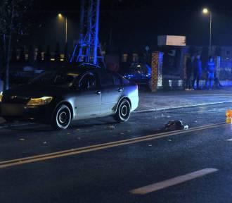 Potrącenie pieszego w Bydgoszczy. Mężczyzna trafił do szpitala