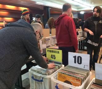 Winyle, kasety, CD. Giełda melomanów