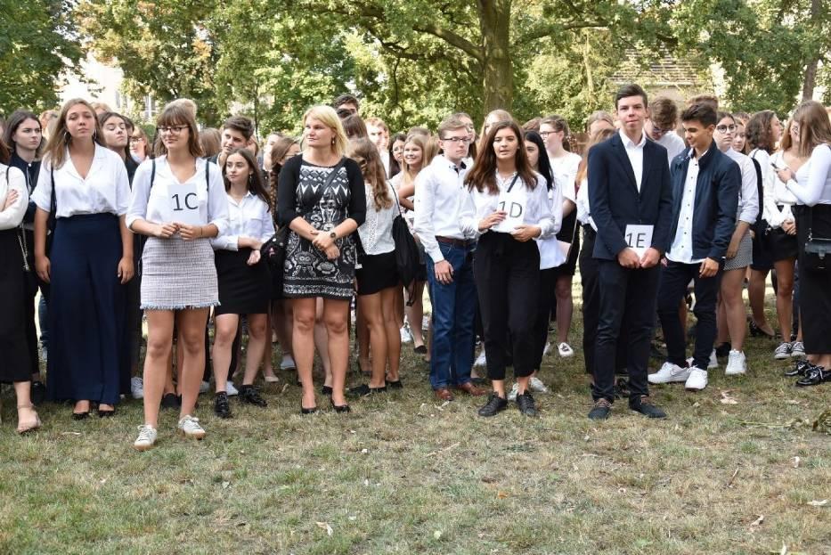 Inauguracja roku szkolnego w liceum im. Henryka Sienkiewicza