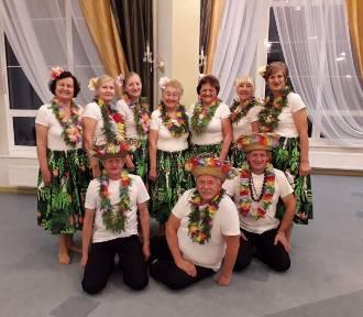 """NANI KE OLA czyli """"Życie jest piękne""""! Oto sekcja tańca hula działająca przy WUTW"""