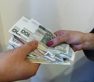 Nawyższe zarobki są w powiecie poddębickim