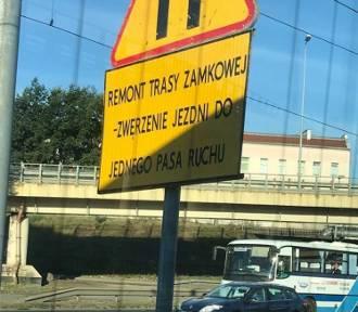 Remont Trasy Zamkowej. Błędy ortograficzne na znakach drogowych