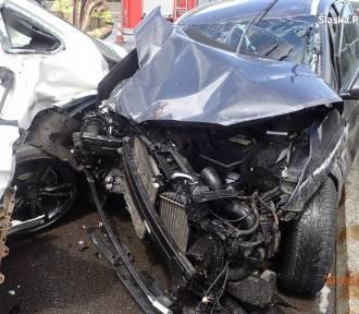 Na A1 zginął 42-letni mężczyzna. Jego auto stało na pasie awaryjnym. Co się stało?